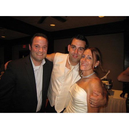 Event Entertainment Services - Hudson OH Wedding Disc Jockey Photo 13