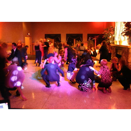 Event Entertainment Services - Hudson OH Wedding Disc Jockey Photo 16