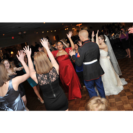 Event Entertainment Services - Hudson OH Wedding Disc Jockey Photo 19