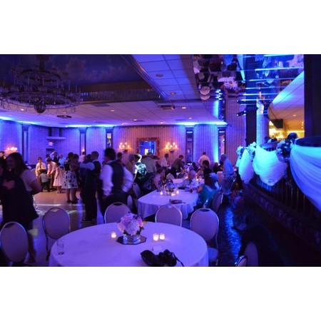 Event Entertainment Services - Hudson OH Wedding Disc Jockey Photo 8