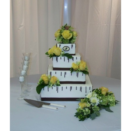 Creations By Laura - Union MO Wedding Cake Photo 1