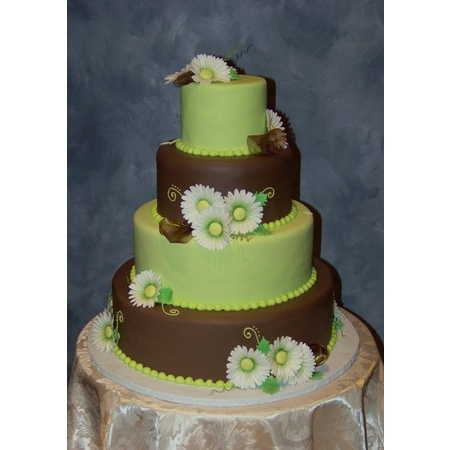 Creations By Laura - Union MO Wedding Cake Photo 19