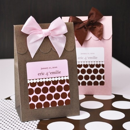 Daisy Days Wedding Accessories, Favors & Gifts - Lexington KY Wedding Supplies And Rentals Photo 21