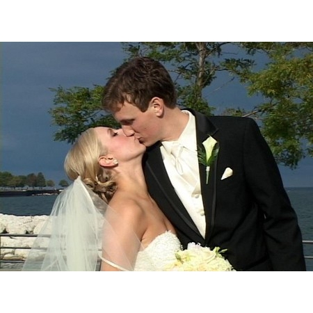 J.C. Designs, LLC - Waukesha WI Wedding Videographer Photo 4