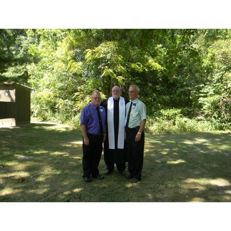 The Marrying Rev - Mattoon IL Wedding Officiant / Clergy Photo 4