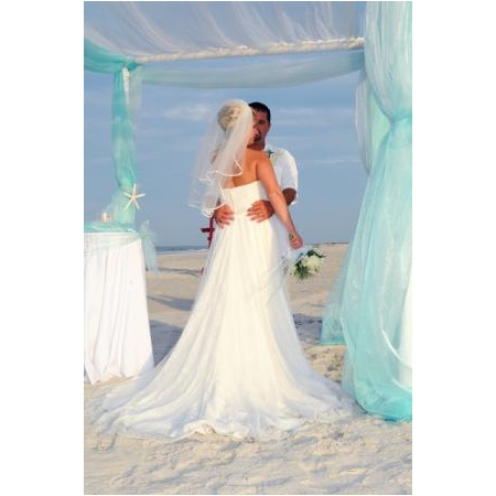 Lora Lynnes Weddings - Daytona Beach FL Wedding Officiant / Clergy Photo 14