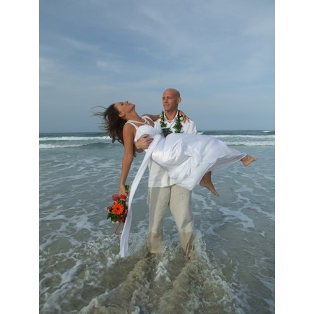 Lora Lynnes Weddings - Daytona Beach FL Wedding Officiant / Clergy Photo 4