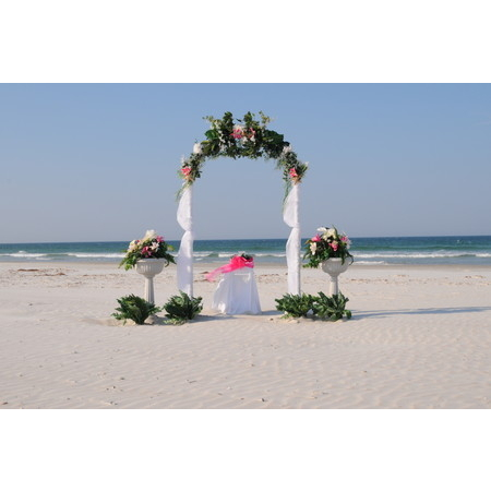 Lora Lynnes Weddings - Daytona Beach FL Wedding Officiant / Clergy Photo 5
