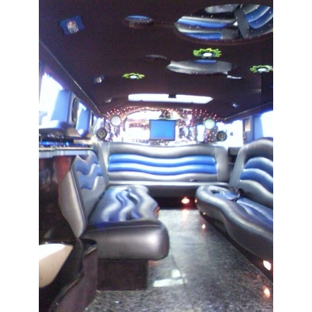 All Over the Valley Limousine Service - McAllen TX Wedding Transportation Photo 3