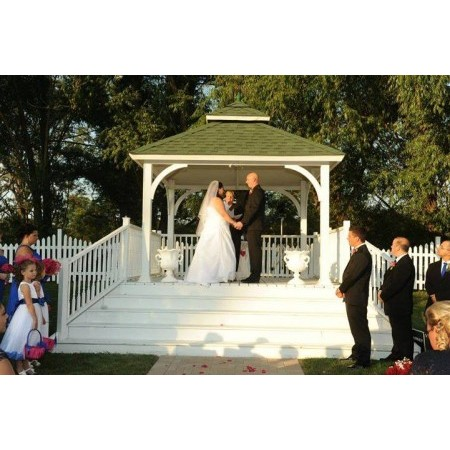 We R One Weddings - Aurora IL Wedding Officiant / Clergy Photo 23