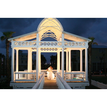 The Total Wedding Experience - Galveston TX Wedding Planner / Coordinator Photo 4