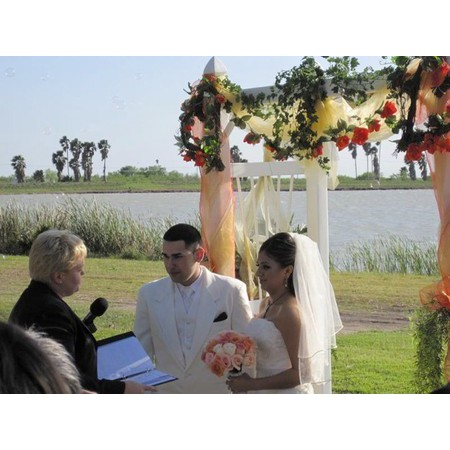 I Do 4 U Wedding Officiants - McAllen TX Wedding Officiant / Clergy Photo 5