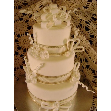 Delectable Delights By Debbie - Amherst OH Wedding Cake Photo 18