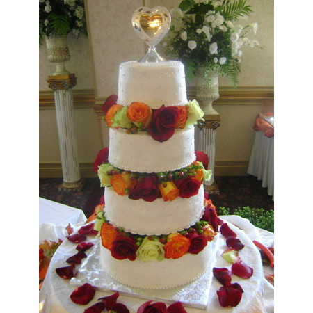 Delectable Delights By Debbie - Amherst OH Wedding Cake Photo 2