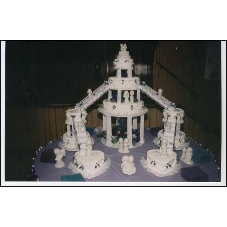 Delectable Delights By Debbie - Amherst OH Wedding Cake Photo 20