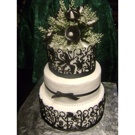 Delectable Delights By Debbie - Amherst OH Wedding Cake Photo 22