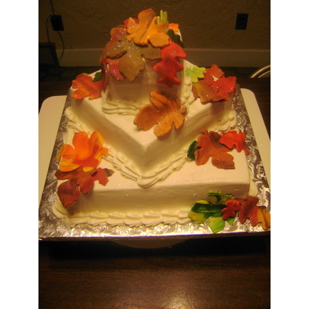 Delectable Delights By Debbie - Amherst OH Wedding Cake Photo 4