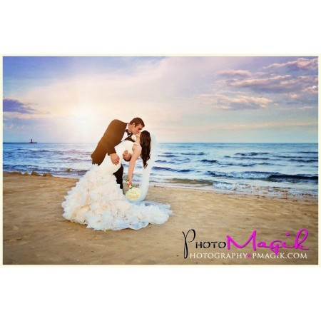 Photo Magik - Plymouth WI Wedding Photographer Photo 3