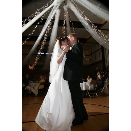 ArtofMusic DJ Karaoke Entertainment - Cedar Park TX Wedding Disc Jockey Photo 3