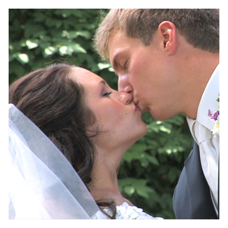 Creative Media Solutions - Sioux City IA Wedding Videographer Photo 4