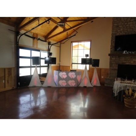 Active DJ's - Washington MO Wedding Disc Jockey Photo 10