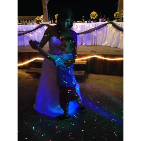 Active DJ's - Washington MO Wedding Disc Jockey Photo 12