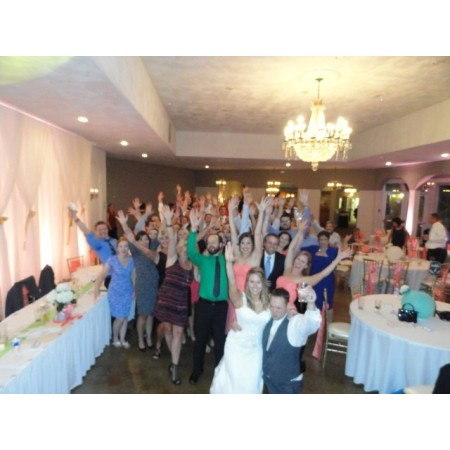 Active DJ's - Washington MO Wedding Disc Jockey Photo 5