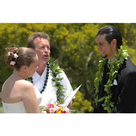 Christian Wedding Minister - Mililani HI Wedding Officiant / Clergy Photo 2