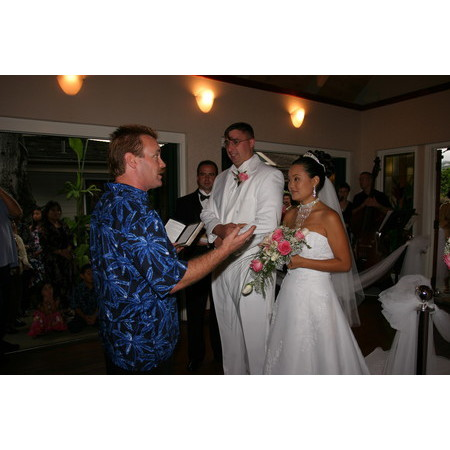 Christian Wedding Minister - Mililani HI Wedding Officiant / Clergy Photo 3