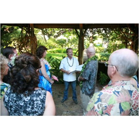 Christian Wedding Minister - Mililani HI Wedding Officiant / Clergy Photo 7