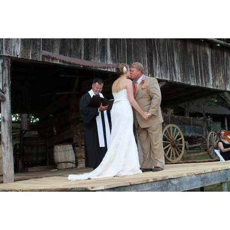 Defining Moments Ministries - Dandridge TN Wedding Officiant / Clergy Photo 12