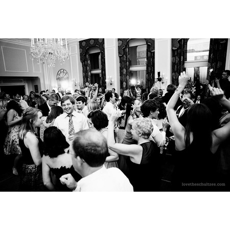 All The Right Grooves DJ Service - Charlotte NC Wedding Disc Jockey Photo 4