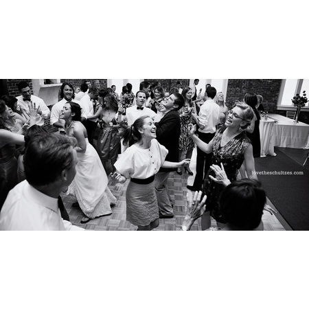 All The Right Grooves DJ Service - Charlotte NC Wedding Disc Jockey Photo 8