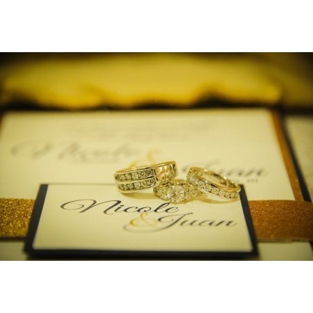 The Invitation Lounge - Orlando FL Wedding Invitations Photo 3