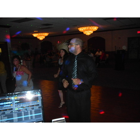 DJ Luna Entertainment - Hollywood FL Wedding Disc Jockey Photo 12