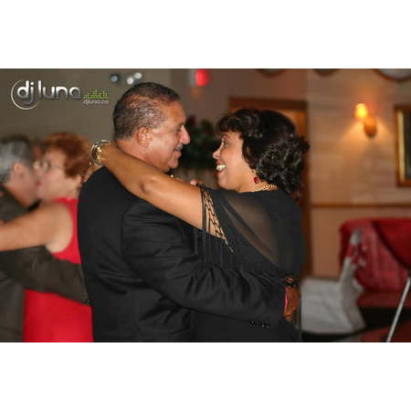 DJ Luna Entertainment - Hollywood FL Wedding Disc Jockey Photo 16