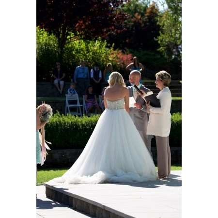 Diva Matters Ministry - Portland OR Wedding Officiant / Clergy Photo 2