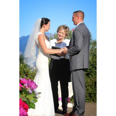 Diva Matters Ministry - Portland OR Wedding Officiant / Clergy Photo 6