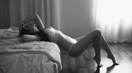 Boudoir Photography by Rayleigh